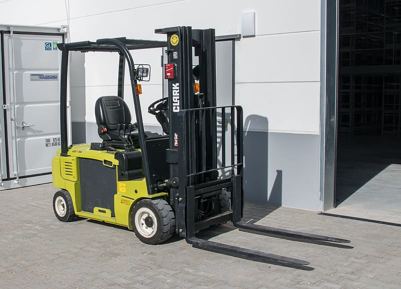 How to Choose a Good Used Forklift Truck?