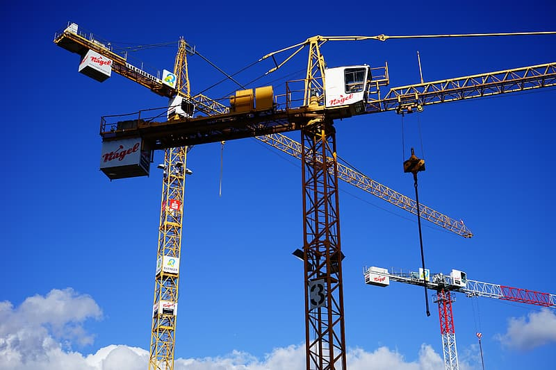 How to Choose a Construction Crane